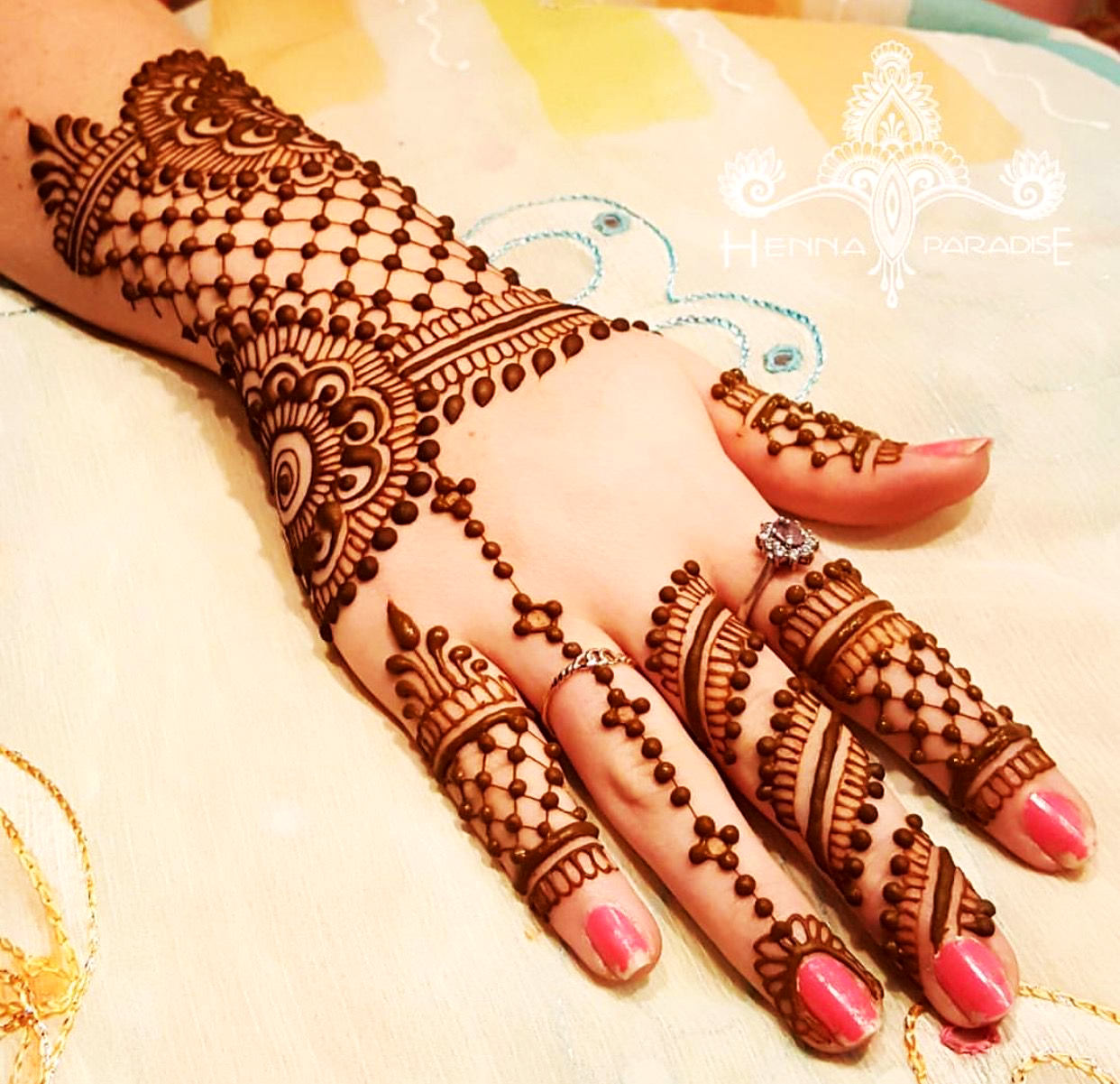 mehndi design back hand arabic
