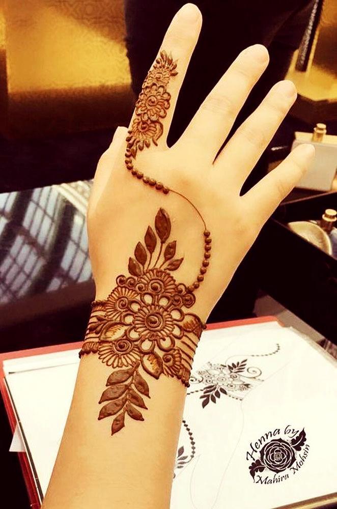 modern stylish arabic mehendi design