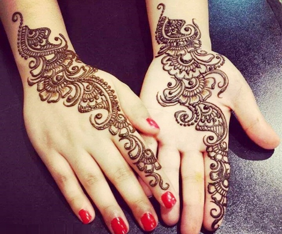 Arabic Mehndi Designs for Hand Simple