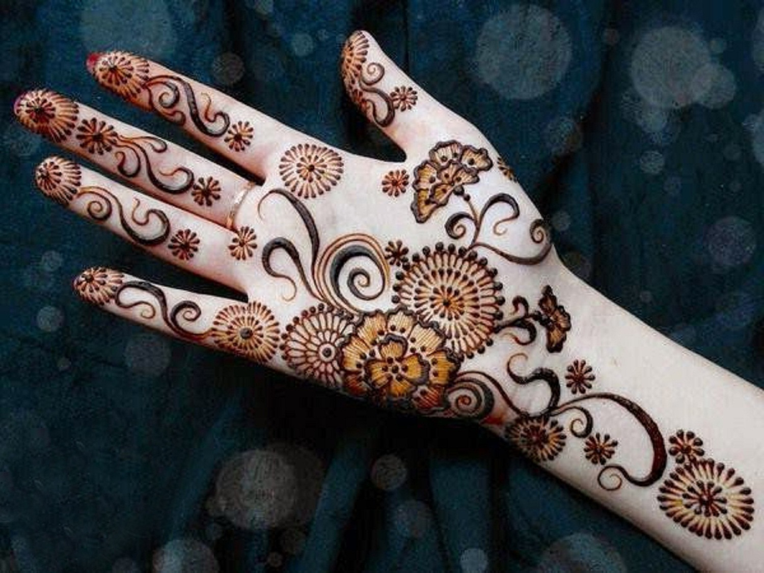 Hand Mehndi Easy Design : Front hand arabic mehndi designs for stylish girls women