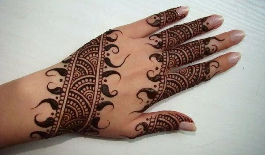 Easy Arabic Mehndi Designs for Hand