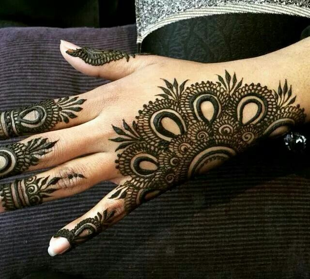 Arabic Mehandi Designs for Back Hand