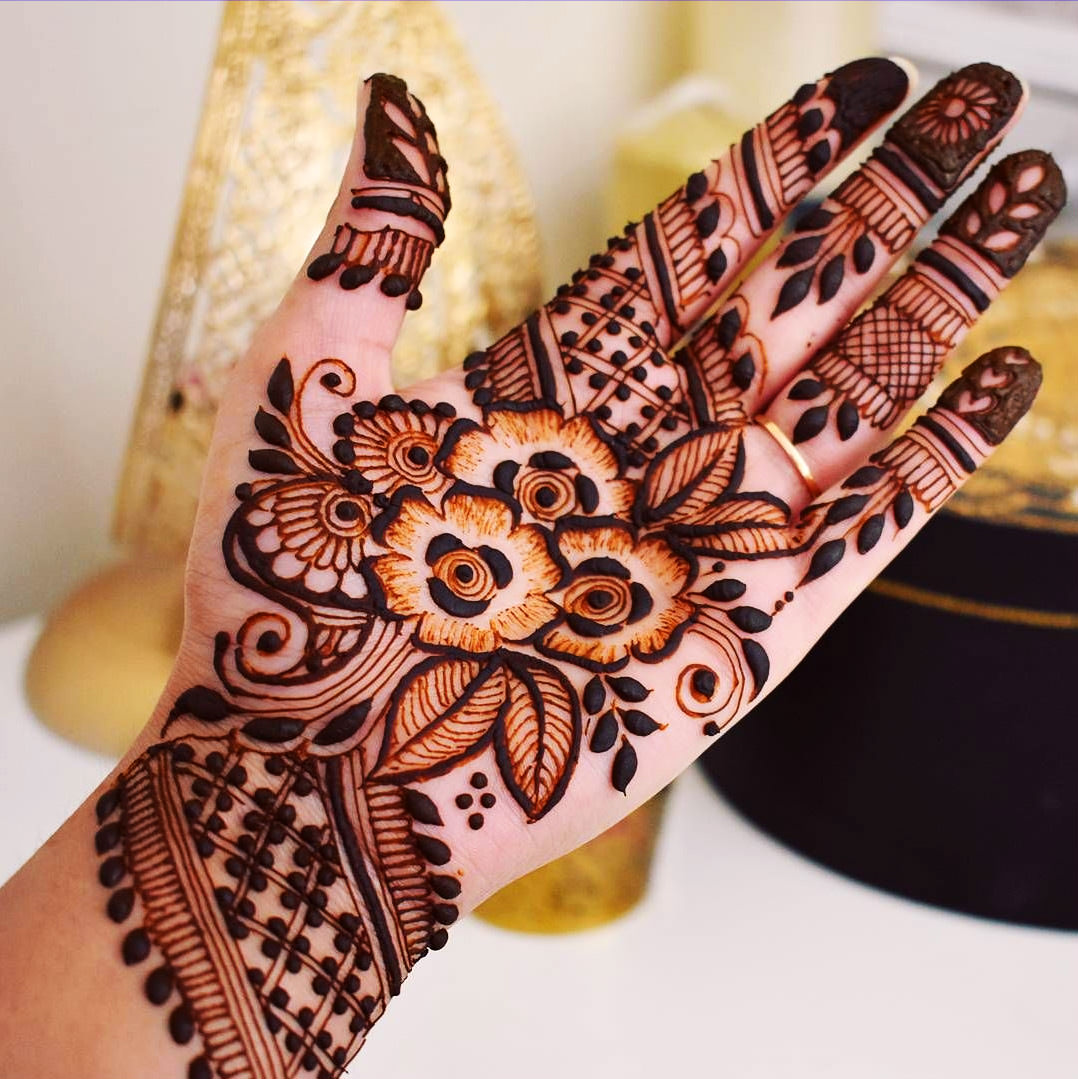 Best Henna Designs: Front Hand Arabic Mehndi Designs For Stylish Girls Women
