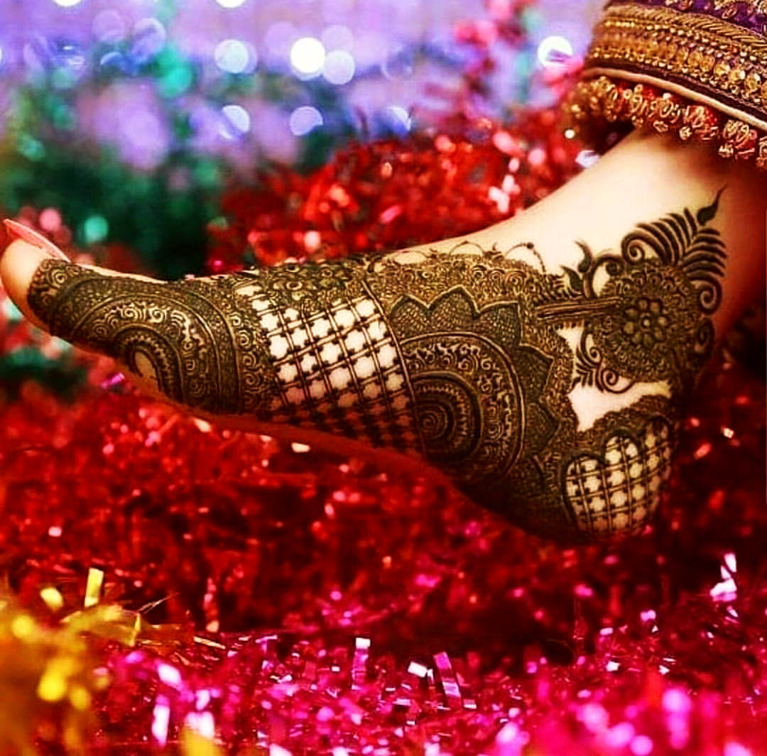 Bridal Mehndi Design For Foot