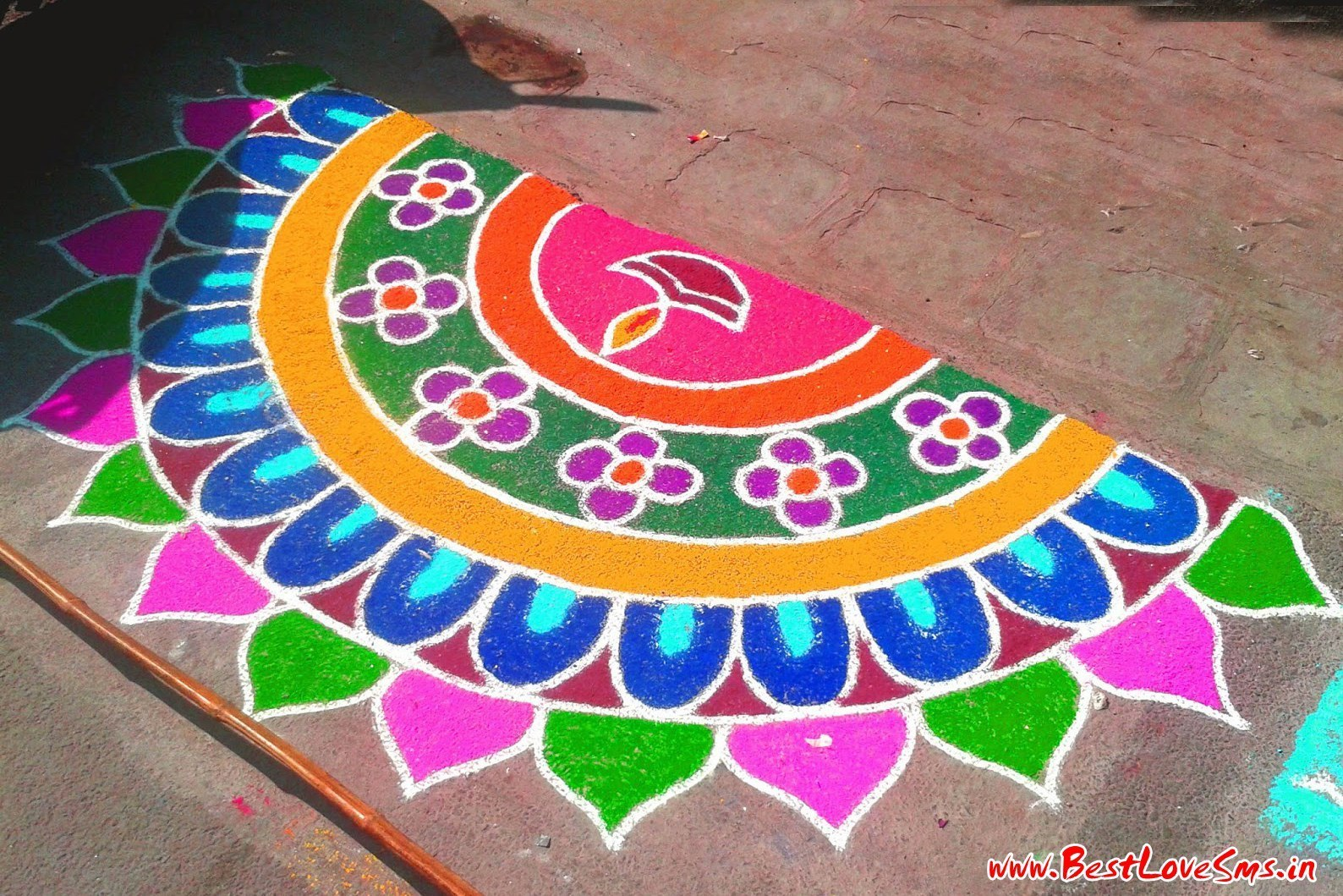 rangoli designs in circle shape