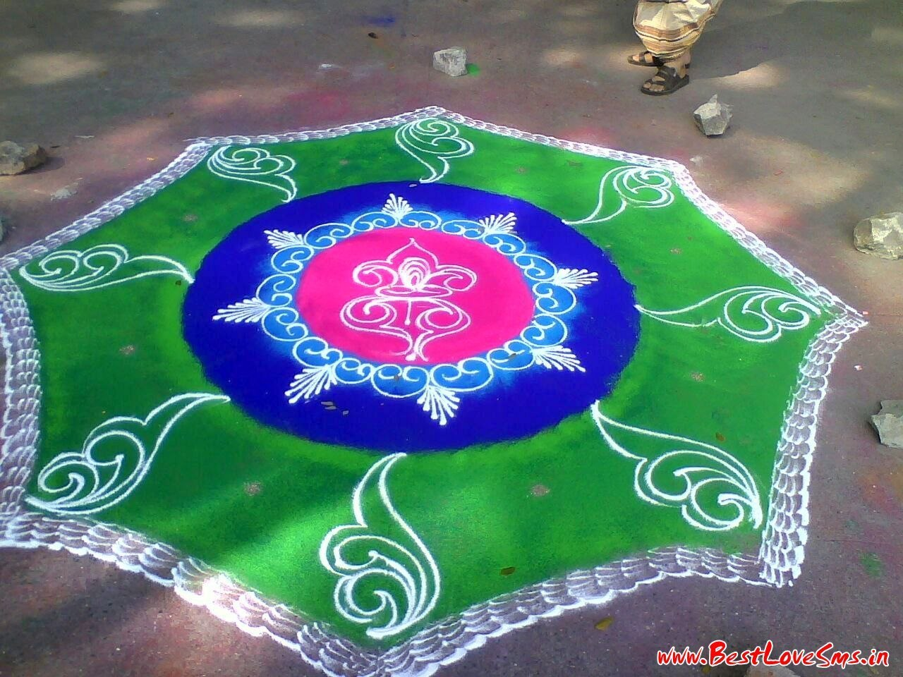 Homemade rangoli designs simple homemade ftempo for Home made rangoli designs