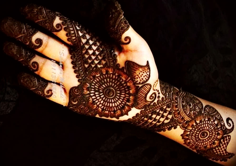Arabian Mehndi Design for Left Hand