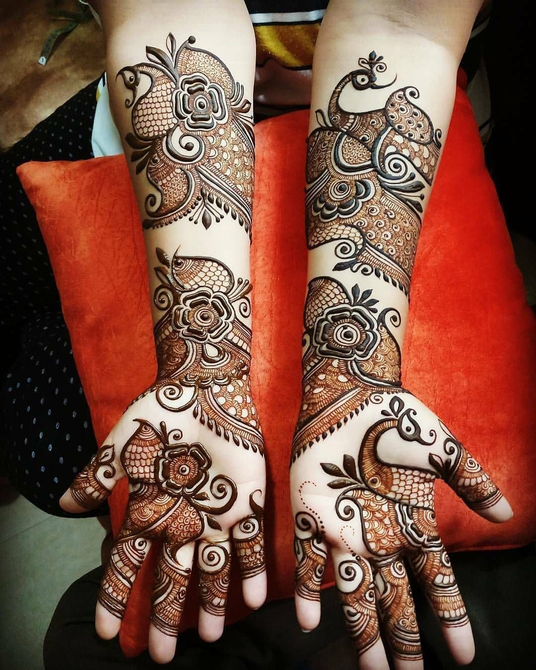 Arabic Bridal Mehndi Designs For Full Hands