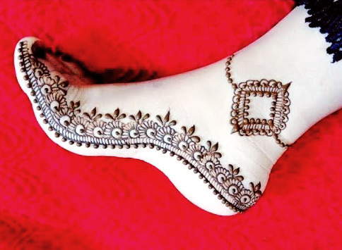 Arabic Leg Mehndi Design for Bridal
