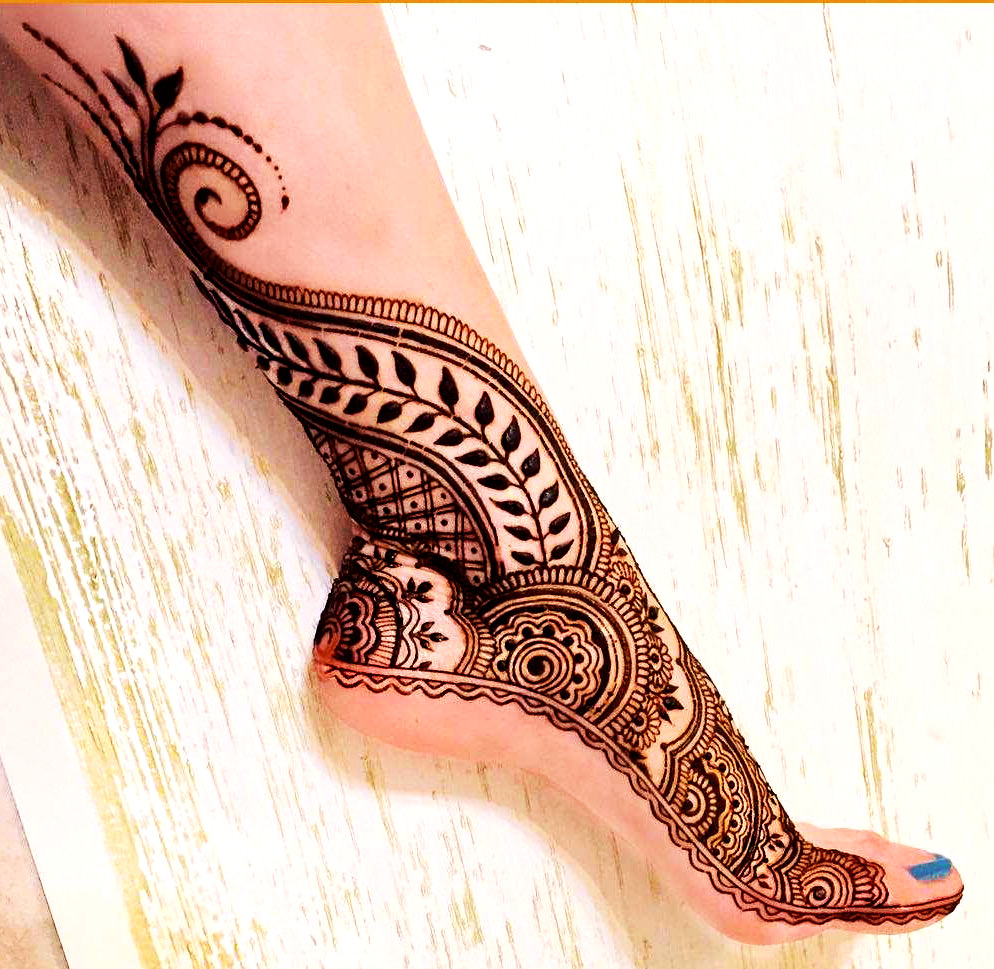 Arabic Mehendi Designs For Legs