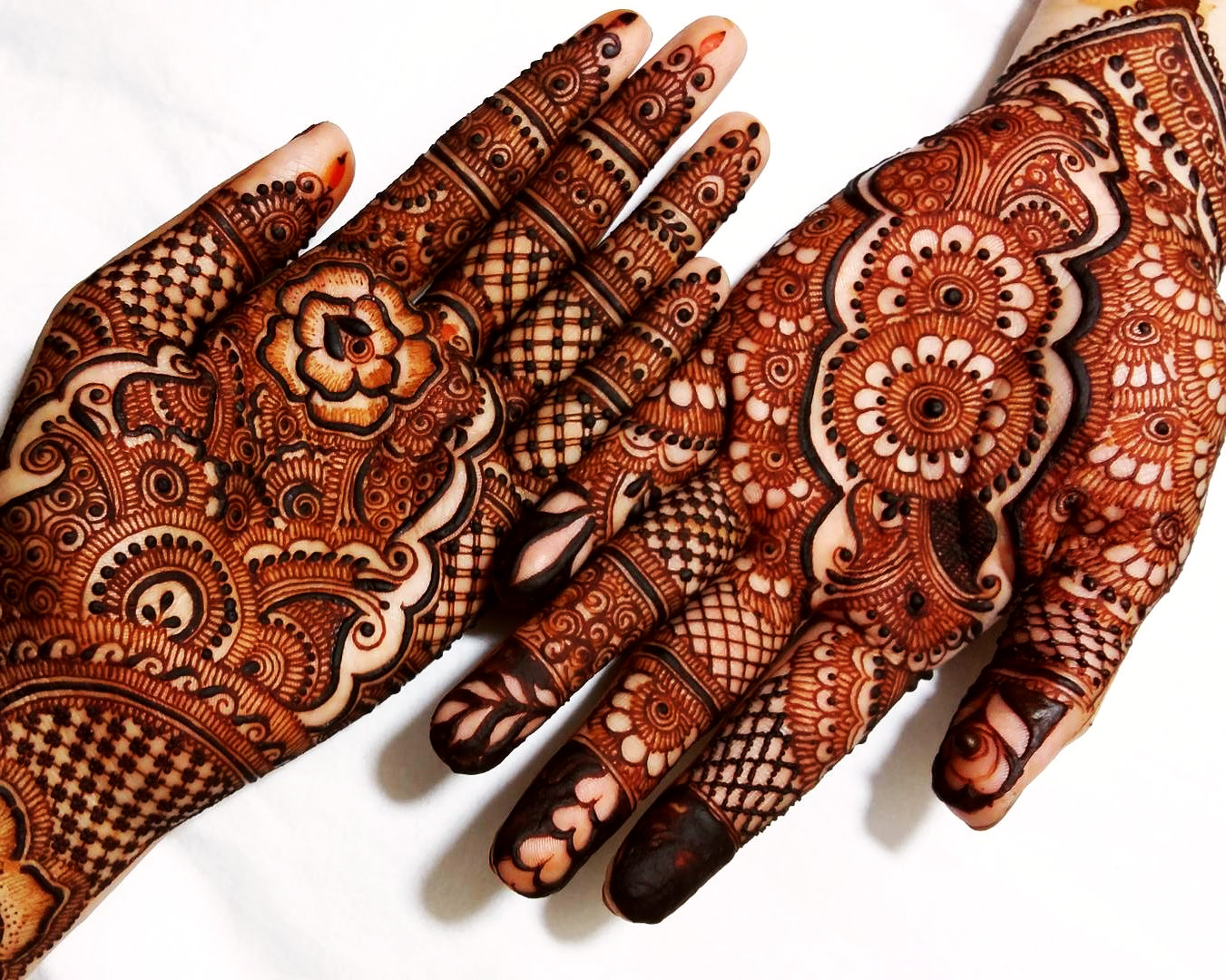 Best Mehndi Designs for Karva Chauth