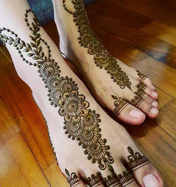 Bridal Arabic Mehndi Designs For Feet