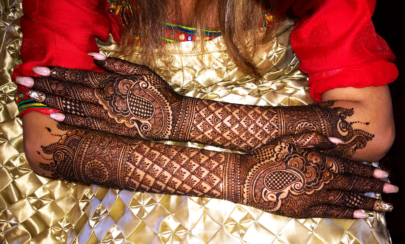 Bride Mehandi Hands