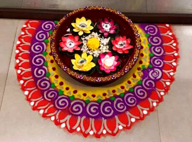 Simple Door Rangoli Designs