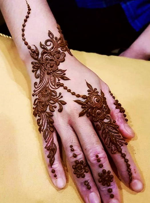 Simple Karwa Chauth Mehndi Designs